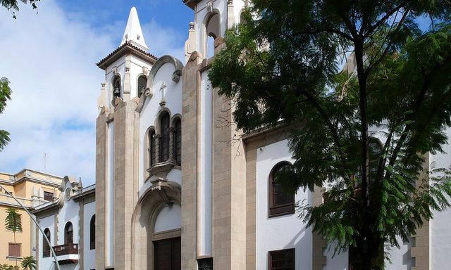 Одна из церквей Санта-Крус-де-Тенерифе