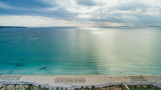 Пляжная линия Эль-Ареналь