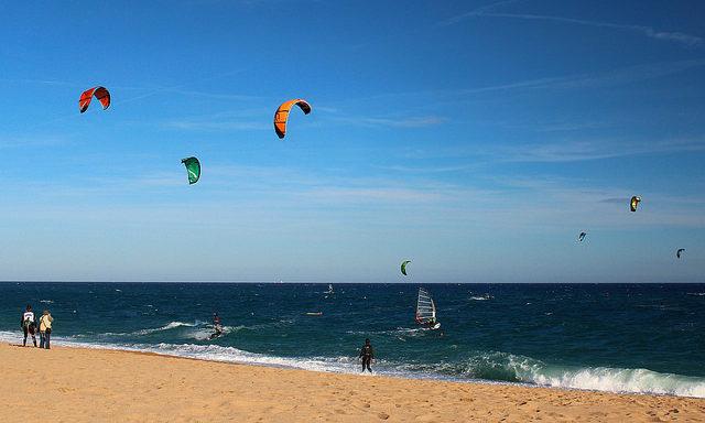 Кайтсерфинг на пляже Мальграт-де-Мар