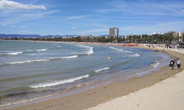 Один из пляжей в Салоу