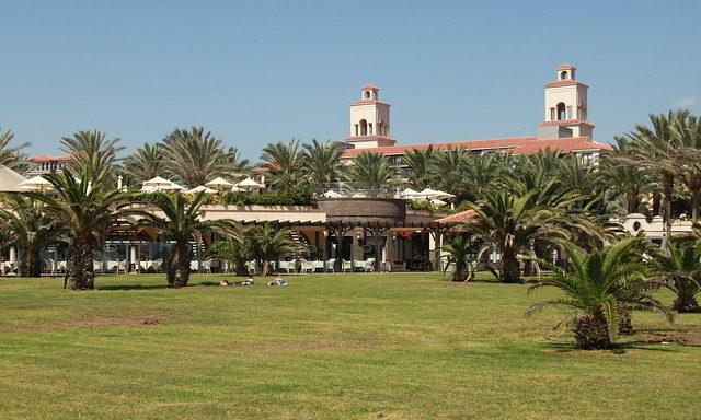 Гостиничные комплексы в Маспаломас