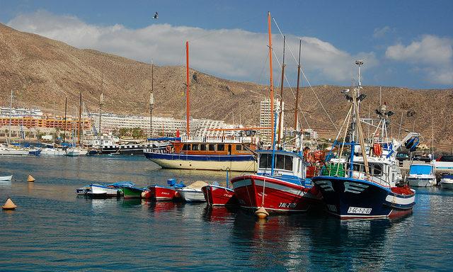 В порту Лос-Кристианос