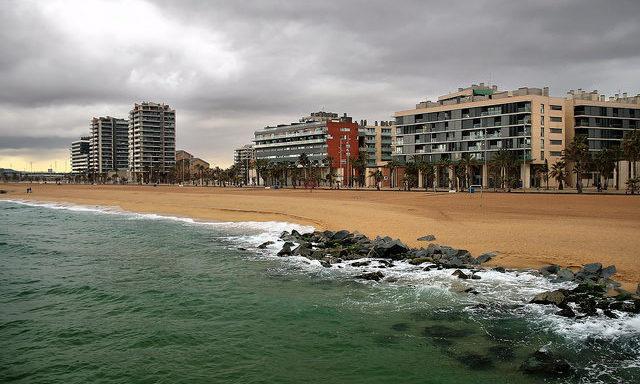 Пляжи Бадалоны