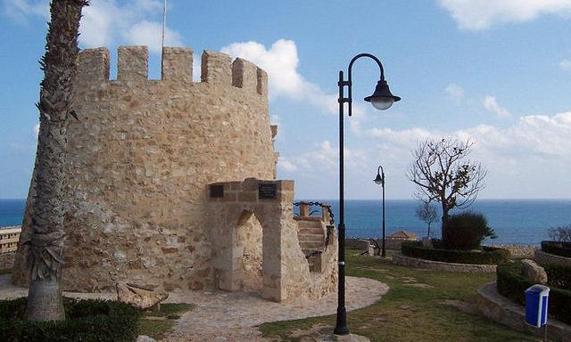 Старая башня в Торревьехе