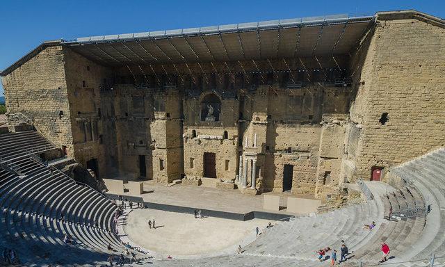 Римский Амфитеатр в Оранже