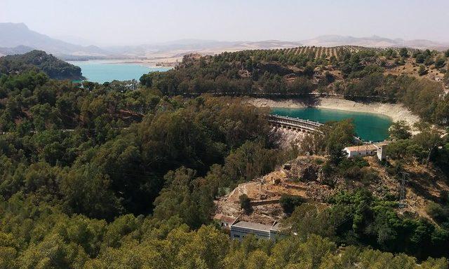 Панорамный вид на водохранилище
