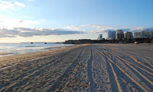 Пляж Портимао на закате