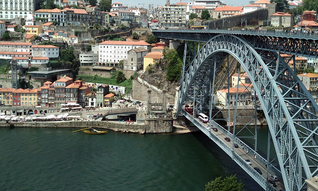 Мост Порту
