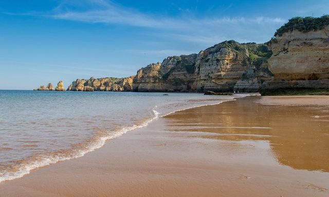 Пляж Прайя-до-Ана
